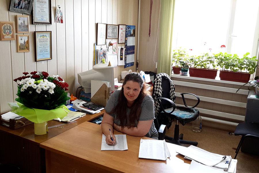 Марушевська Наталія Леонідівна - заступник інспектора ВОС (воєнно-облікового столу)Усатівської сільської ради