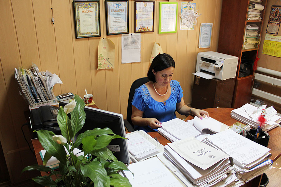 Добровольська Світлана Владиславівна - секретар виконкому Усатівської сільської ради