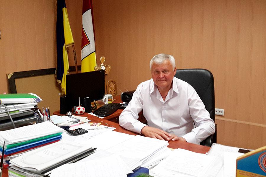 Маковейчук Юрій Іванович - голова Усатівської сільської ради
