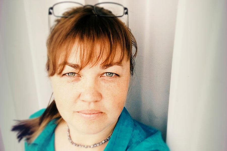 Олійник Наталія Володимирівна - підбирач довідкової інформації